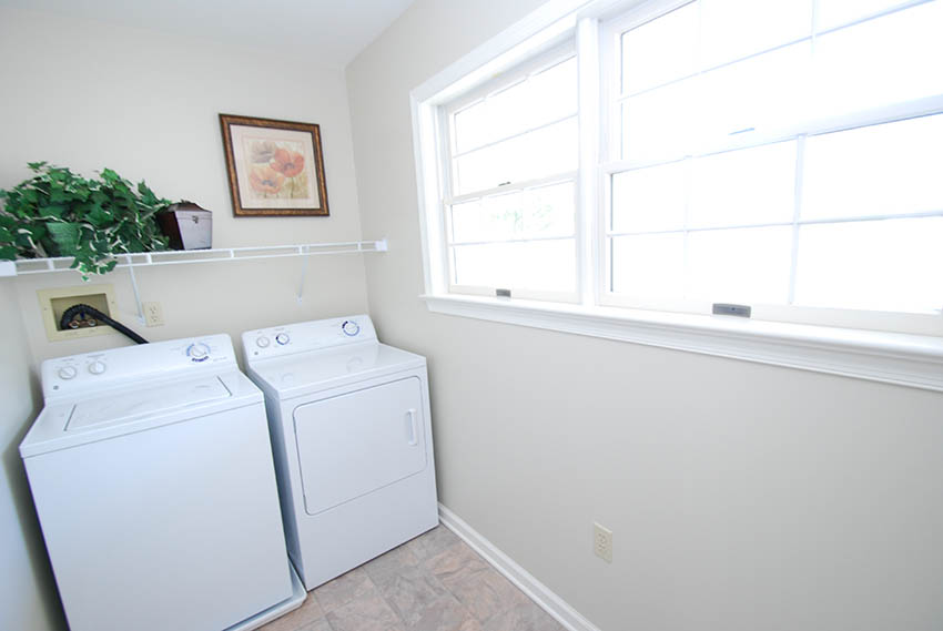 Crest Cottage-Laundry Room copy